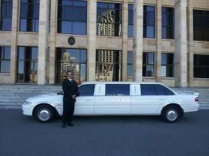 limousine-601462_1280